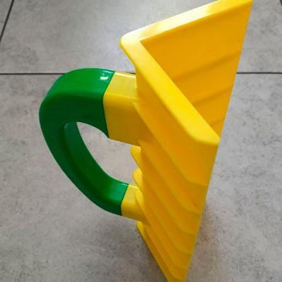 Пластиковий шпатель для зовнішніх кутів